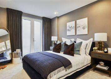 Thumbnail 3 bed flat for sale in Oakley Gardens, Church Walk, Hampstead, London