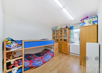 Thumbnail Flat to rent in Waterfall Road, London