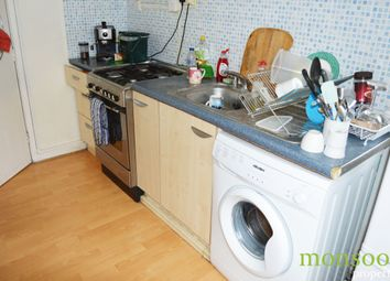 Thumbnail 4 bed flat to rent in Robert Street, London