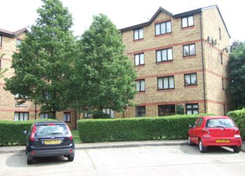 Thumbnail 1 bed flat to rent in Sunbury Court Myers Lane, London, New Cross
