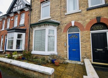 Thumbnail 2 bed flat for sale in Cromwell Avenue, Filey