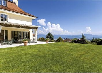 Thumbnail 8 bedroom property for sale in Begnins, Switzerland