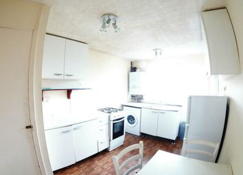 2 bed maisonette to rent in Green Close, Maidenhead SL6