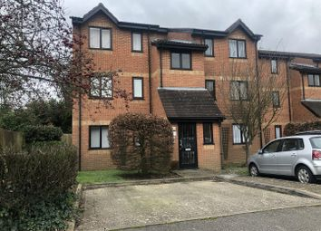 1 bed flat to rent in Courtlands Close, Watford WD24