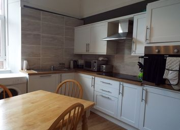 Thumbnail 3 bed flat to rent in Crosshill Street, Lennoxtown