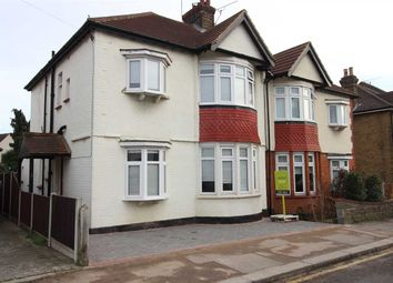4 bed property for sale in Cranleigh Drive, Leigh-On-Sea SS9