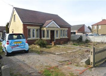 Thumbnail 3 bedroom bungalow for sale in Common Edge Road, Blackpool
