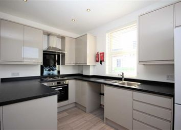 Thumbnail 2 bed flat to rent in Forest Road, London