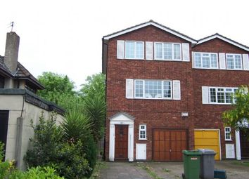 4 bed property to rent in Kenton Road, Harrow HA3
