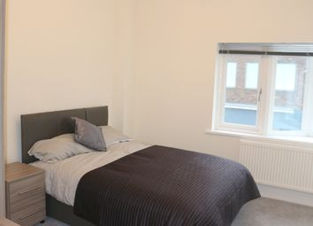 Thumbnail 1 bed flat to rent in Station Approach, West Byfleet