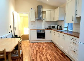 Thumbnail 4 bed flat to rent in Upper Tooting Road, Tooting Bec
