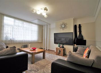 Thumbnail 3 bed property for sale in Deansway, Edmonton