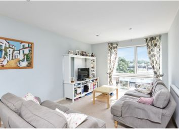 Thumbnail 2 bedroom flat for sale in Mayfair Close, Beckenham