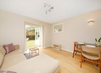 Thumbnail 1 bed flat to rent in Selhurst Close, Wimbledon