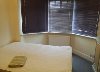 Thumbnail Room to rent in Camrose Avenue, Edgware, London