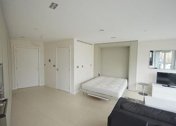 Thumbnail Property for sale in Bezier Apartments, City Road, London