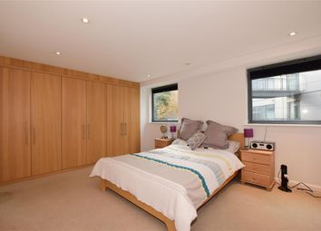 Thumbnail 2 bed flat for sale in Star Hill, Rochester, Kent