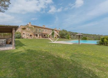 Thumbnail 6 bed villa for sale in Spain, Girona (Inland Costa Brava), Baix Empordà, Cbr2608