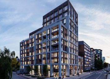 Thumbnail 1 bedroom flat for sale in Upper Richmond Road, London