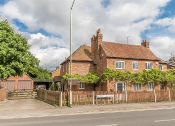 Thumbnail 4 bed cottage for sale in Loddon Bridge Road, Woodley, Reading
