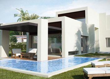 Thumbnail 3 bed villa for sale in El Paraiso, Malaga, Spain