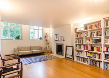Thumbnail 2 bed flat to rent in Little Russell Street, Bloomsbury