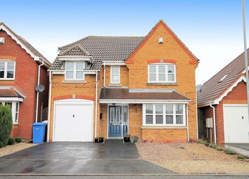 Thumbnail 4 bed detached house for sale in Kempton Drive, Dosthill, Tamworth