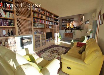 Thumbnail 5 bed villa for sale in Via Lauro Del Bosis, Siena (Town), Siena, Tuscany, Italy
