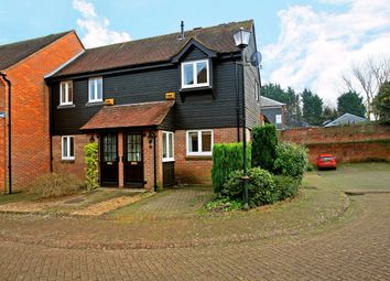 Thumbnail 2 bed flat to rent in Thornhill Close, Amersham