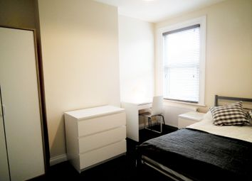 Thumbnail Room to rent in Whitehorse Road, Croydon