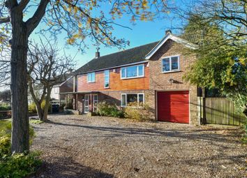 Thumbnail 6 bed detached house for sale in Springfields, Dunmow
