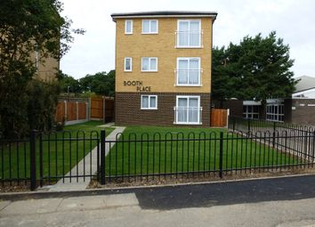 Thumbnail 1 bed flat to rent in Booth Place, Basildon