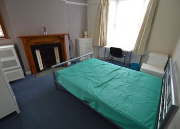 Thumbnail 5 bed terraced house to rent in Lorne Road, Clarendon Park