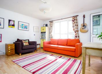 3 bed flat for sale in George Downing Estate, London N16