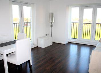 Thumbnail 2 bedroom flat to rent in Thames House, Regis Park Road, Reading, Berkshire