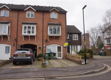 Thumbnail 4 bedroom property for sale in Berkeley Close, Polygon, Southampton, Hampshire