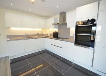 Thumbnail 2 bed flat to rent in Arrandene House, Mill Hill