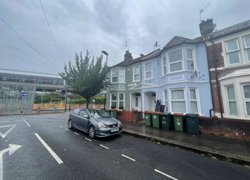 Thumbnail 3 bed flat to rent in Saville Road, London