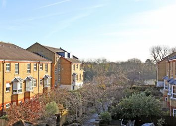 Thumbnail 1 bed flat to rent in Malthouse Drive, Chiswick