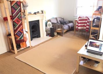 Thumbnail 4 bed flat to rent in Parkhurst Road, Holloway