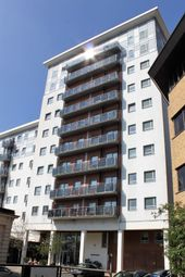 Thumbnail 1 bed flat to rent in Becket House, New Road, Brentwood