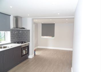 Thumbnail Studio to rent in Lodge Road, Croydon