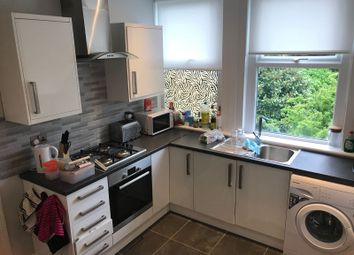 Thumbnail 3 bed flat to rent in Salterford Road, London