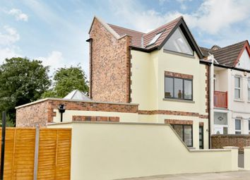 Thumbnail 2 bedroom detached house for sale in Rusper Road, London