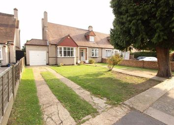 Parkway, Seven Kings, Essex IG3. 4 bed bungalow