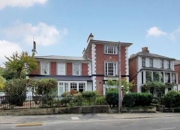 Thumbnail 2 bed flat to rent in 90 Grove Hill Road, Tunbridge Wells