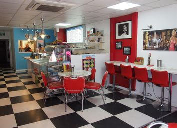 Thumbnail Restaurant/cafe for sale in Cafe & Sandwich Bars DN15, North Lincolnshire