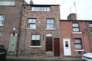 Thumbnail 4 bed terraced house to rent in Clowes Street, Macclesfield, Cheshire