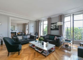 Thumbnail 6 bed apartment for sale in Neuilly Sur Seine, Paris, France