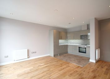 Thumbnail 1 bed flat to rent in 154A Broadway (7), West Ealing, London
